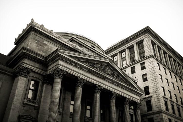 日本銀行券の通貨発行権はどこにあるのか