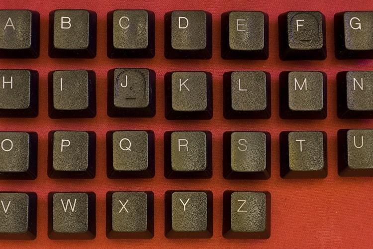 文字コードとは?コンピュータの文字コードの種類