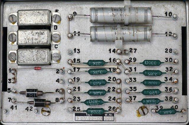 ダイオードの仕組み・回路記号