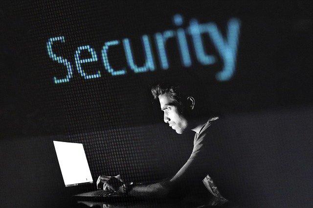 インターネット通信のセキュリティリスク