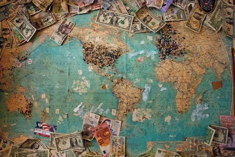 お金とはなにか?お金の歴史からお金について学ぶ