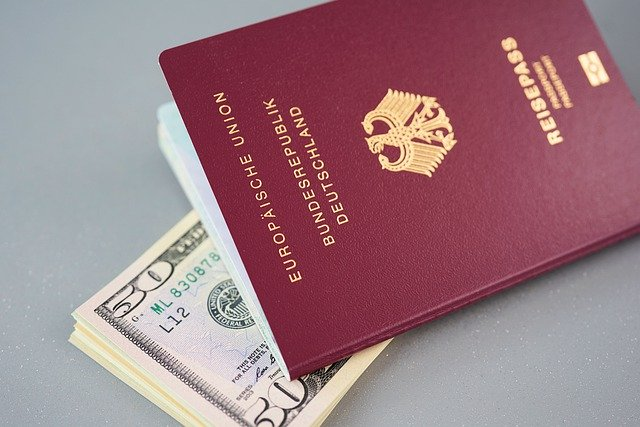 パスポートとビザの違い