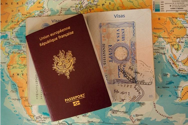 パスポートとは?ビザとは?それぞれの違いは?