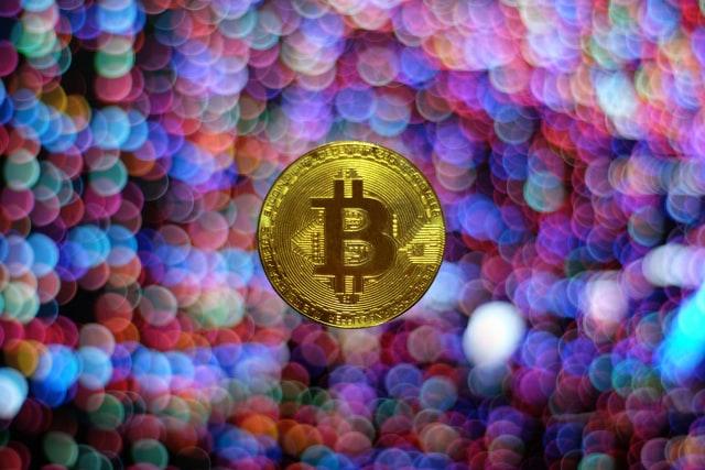 電子署名の仮想通貨(暗号資産)取引での使われ方