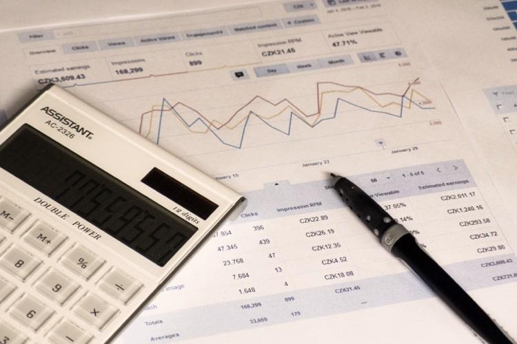 インデックス投資?インデックスファンドとベンチマーク