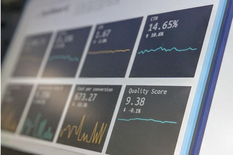 投資初心者の資産形成は長期・分散・積立投資